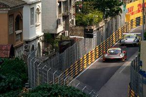 #911 Absolute Racing Porsche 911 GT3 R: Alexandre Imperatori