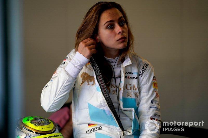 Sophia Flörsch, HWA Racelab