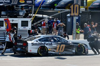 Aric Almirola, Stewart-Haas Racing, Ford Mustang Smithfield pit stop