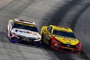 Denny Hamlin, Joe Gibbs Racing, Toyota Camry FedEx Freight and Joey Logano, Team Penske, Ford Mustang Shell Pennzoil