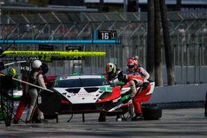 #1: Paul Miller Racing Lamborghini Huracan GT3, GTD: Madison Snow, Bryan Sellers pit stop.