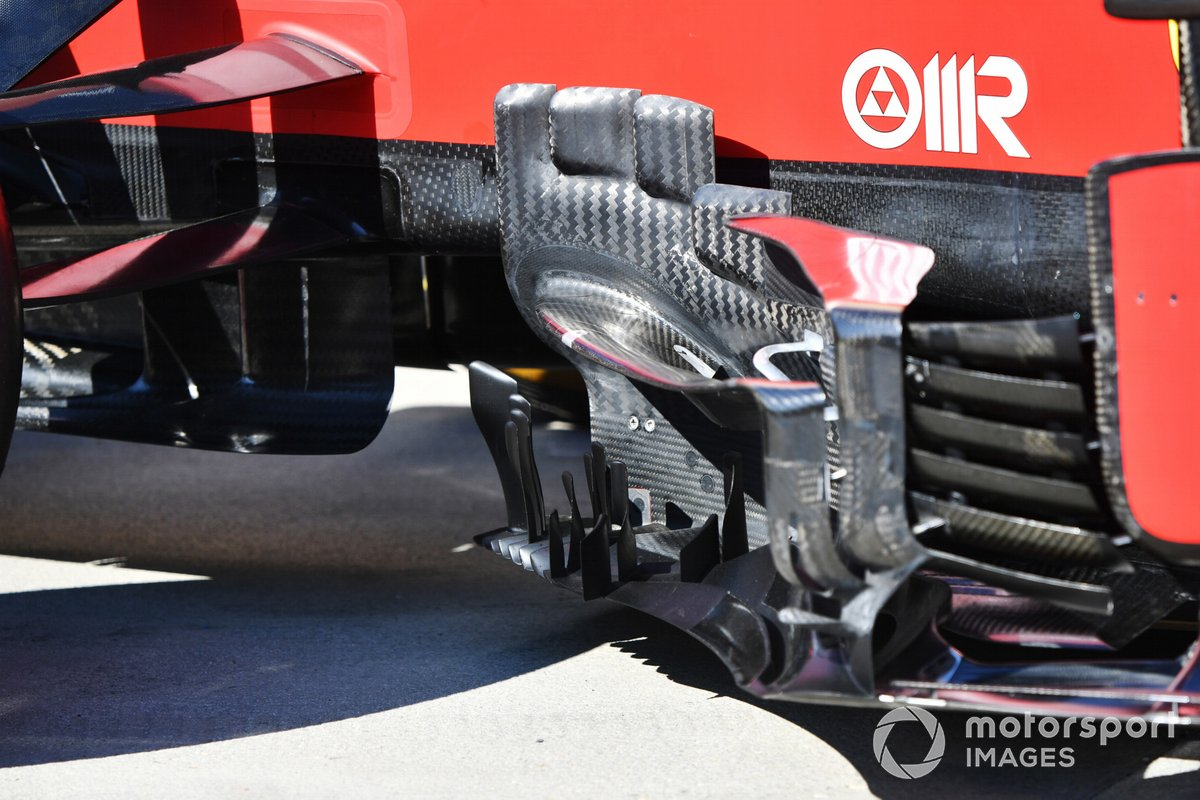 Detalle del bargeboard del Ferrari SF21