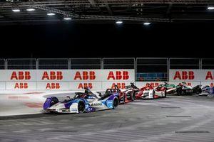 Jake Dennis, BMW i Andretti Motorsport, BMW iFE.21, Sebastien Buemi, Nissan e.Dams, Nissan IMO2, Sergio Sette Camara, Dragon Penske Autosport, Penske EV-5