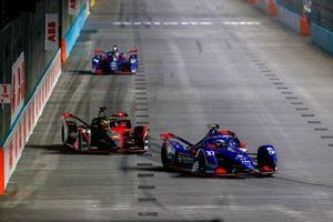 Nick Cassidy, Envision Virgin Racing, Audi e-tron FE07, Oliver Rowland, Nissan e.Dams, Nissan IMO2