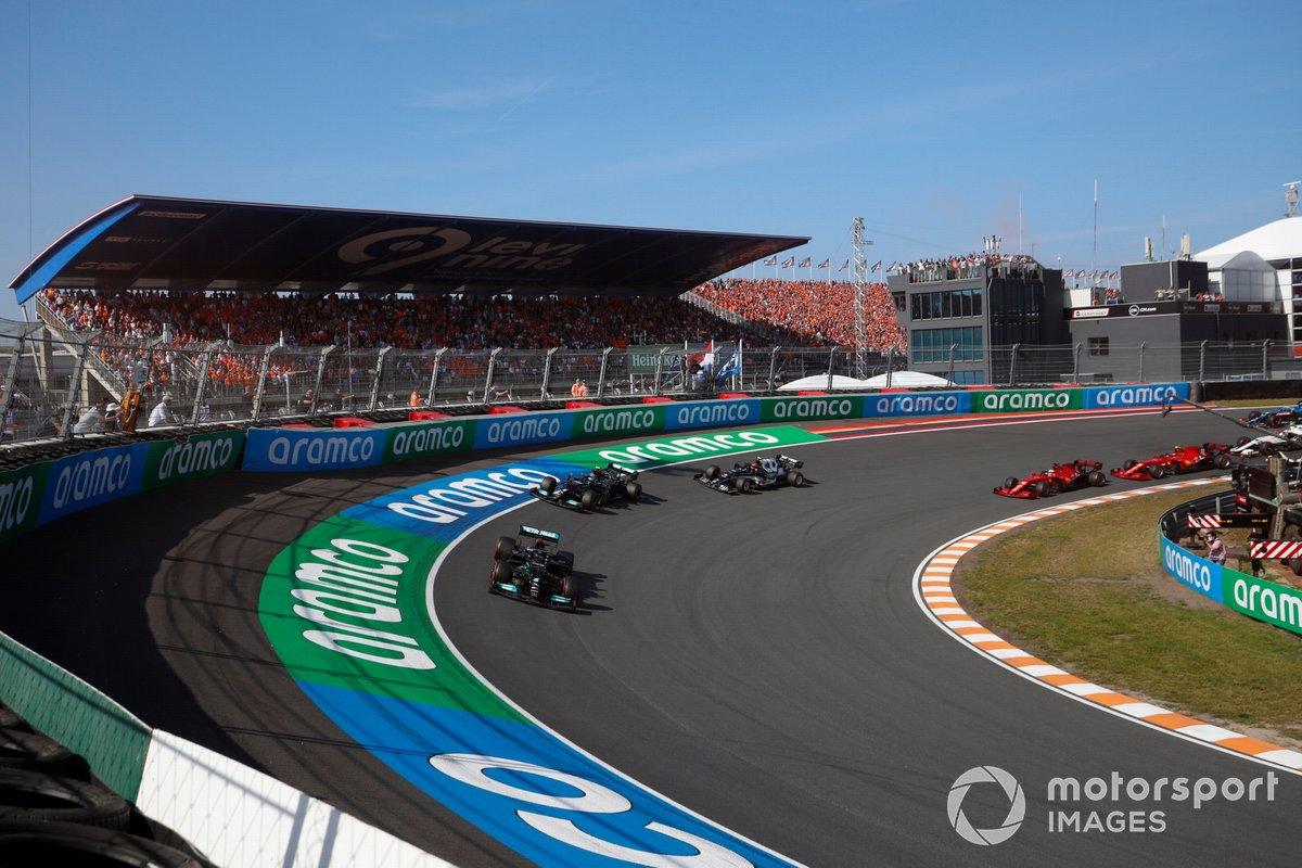 Lewis Hamilton, Mercedes W12, Valtteri Bottas, Mercedes W12, Pierre Gasly, AlphaTauri AT02
