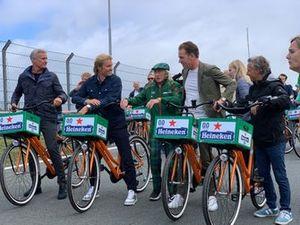 Cycling with David Coulthard, Nico Rosberg, Sir Jackie Stewart, Robert Doornbos and Jan Lammers at Circuit Zandvoort