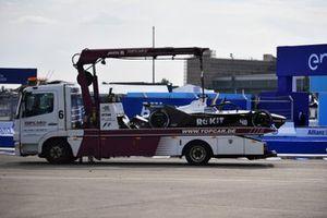 The damaged car of Edoardo Mortara, Venturi Racing, Silver Arrow 02