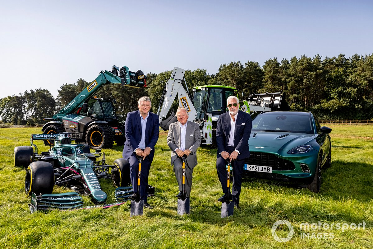 Otmar Szafnauer, Team Principal and CEO, Aston Martin F1, Anthony Bamford, chairman of JCB, and Lawrence Stroll, Owner, Aston Martin F1