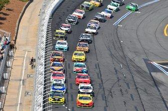 Joey Logano, Team Penske, Ford Mustang Shell Pennzoil/Autotrader, Brad Keselowski, Team Penske, Ford Mustang Alliance Truck Parts