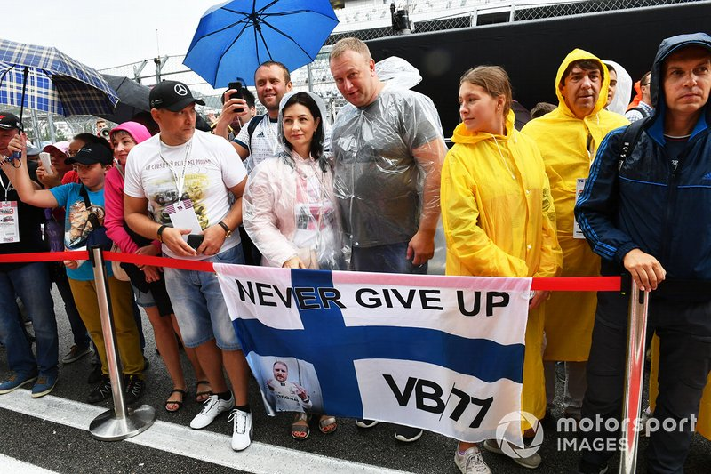 Fan in pit lane al GP di Russia