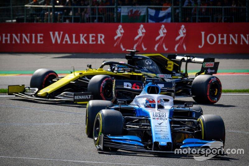 George Russell, Williams FW42, Daniel Ricciardo, Renault F1 Team R.S.19