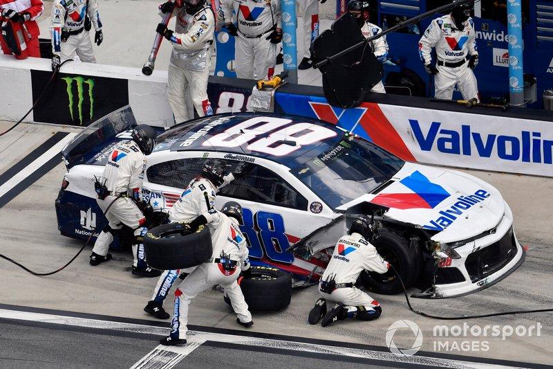 Alex Bowman, Hendrick Motorsports, Chevrolet Camaro Valvoline Patriotic