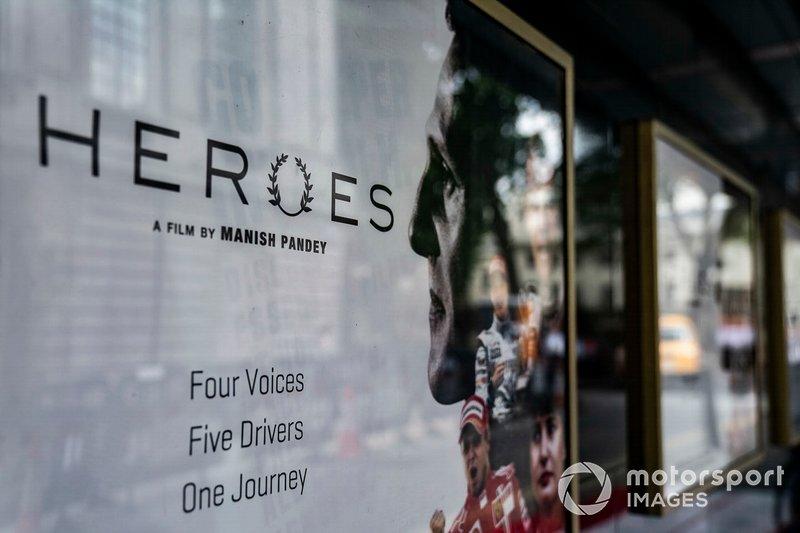 """Heroes, do mesmo roteirista de """"Senna"""", conta a história da dupla campeã do bicampeão de F1, Mika Hakkinen, da lenda de Le Mans, Tom Kristensen, a única vencedora do WRC, Michele Mouton, do ex-piloto da Ferrari, Felipe Massa e da lenda da F1 Michael Schumacher."""