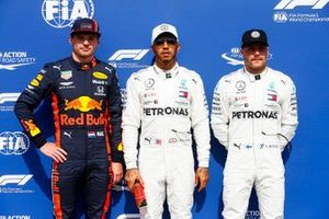 Max Verstappen, Red Bull Racing, pole Sitter Lewis Hamilton, Mercedes AMG F1 and Valtteri Bottas, Mercedes AMG F1 in Parc Ferme