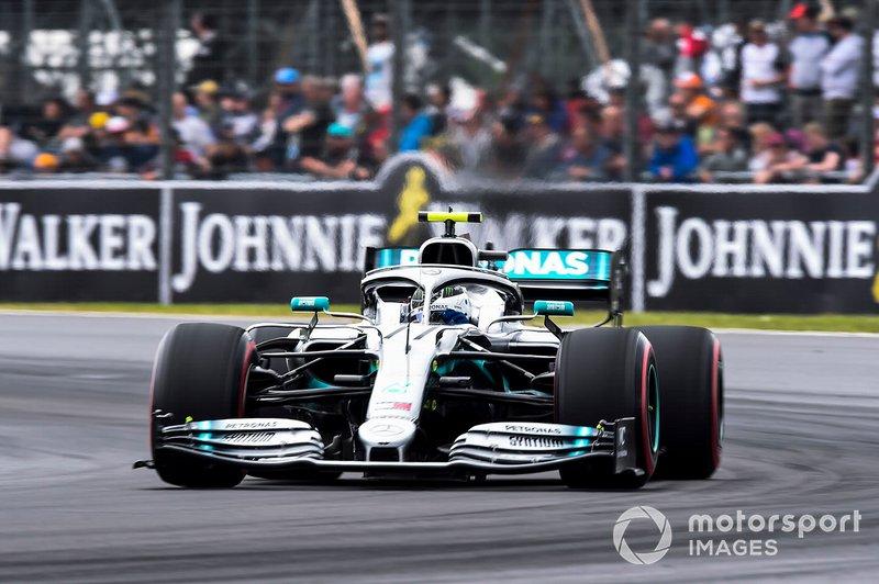 Mais corridas em que pontuou consecutivamente: Valtteri Bottas (22)