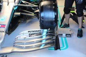 Mercedes AMG F1 W10 front brake drum detail