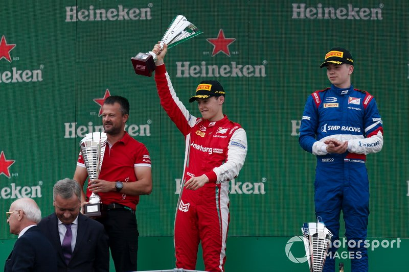 Marcus Armstrong, PREMA Racing, Race winner Robert Shwartzman, PREMA Racing on the podium
