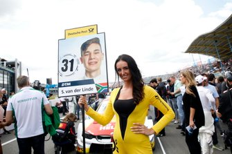 Grid girl of Sheldon van der Linde, BMW Team RBM