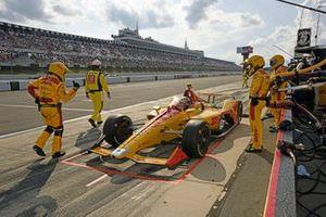 Ryan Hunter-Reay, Andretti Autosport Honda pit stop