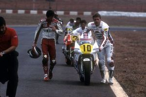 Eddie Lawson, Agostini Yamaha, Rob McElnea, Suzuki Pepsi Cola, al GP del Brasile del 1988