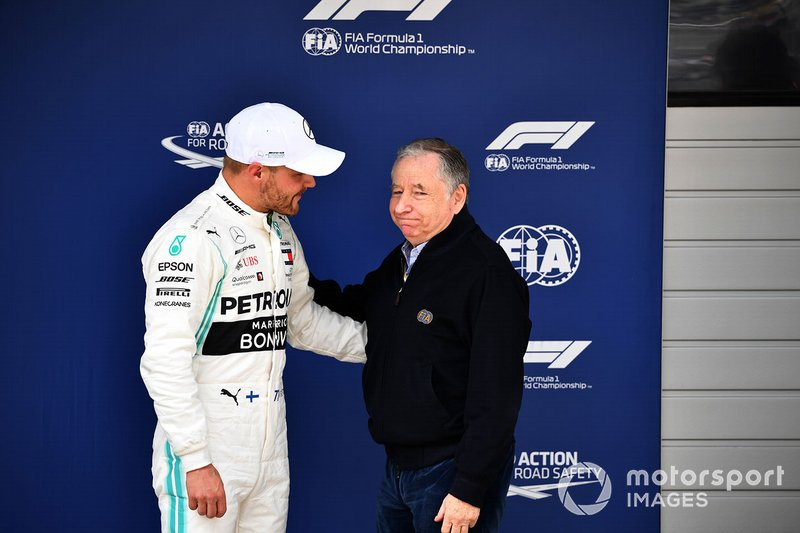 Pole man Valtteri Bottas, Mercedes AMG F1, with Jean Todt, President, FIA