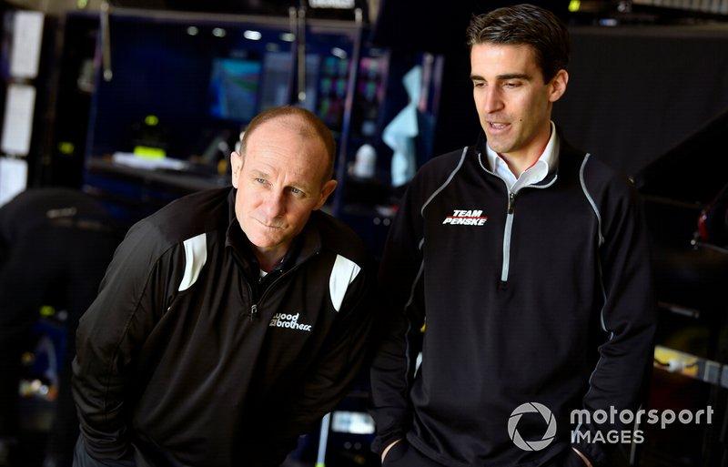 Greg Erwin, Paul Menard, Wood Brothers Racing, Ford Mustang Menards / MOEN and Travis Geisler
