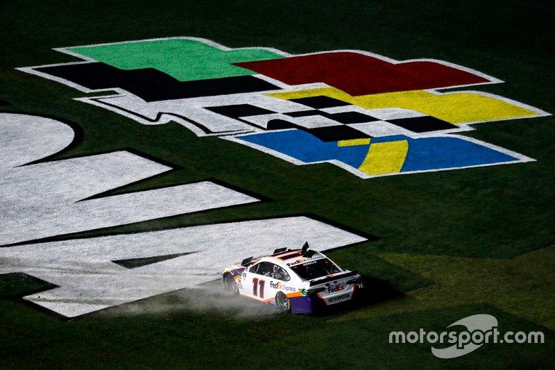 1. Denny Hamlin, Joe Gibbs Racing, Toyota Camry
