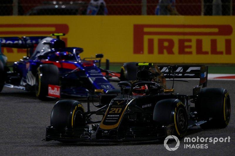 Кевін Магнуссен, Haas F1 Team VF-19, Алекс Албон, Toro Rosso STR14