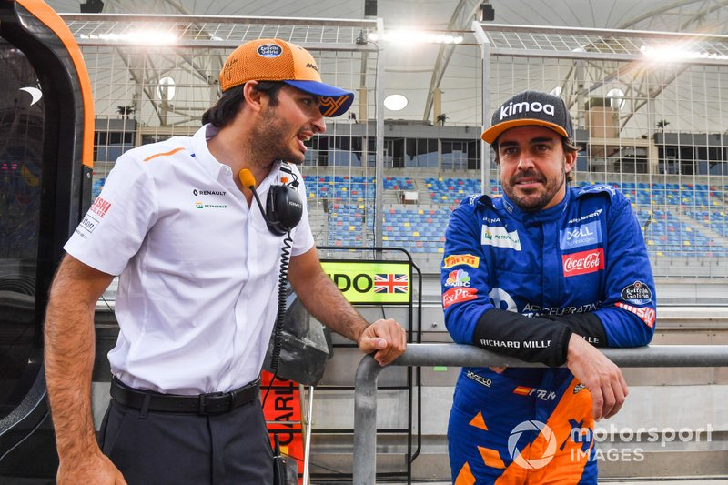 Fernando Alonso, McLaren y Carlos Sainz Jr., McLaren