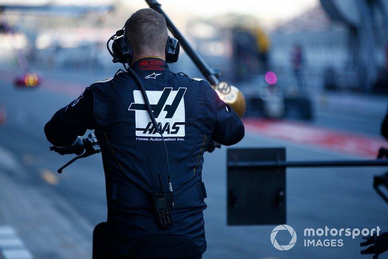 Mecánico Haas F1
