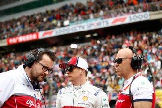 Kimi Raikkonen, Alfa Romeo Racing, on the grid