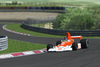 Classic McLaren F1 cars, M23b
