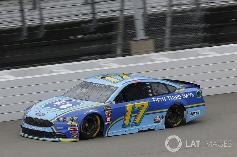 13. Ricky Stenhouse Jr., Roush Fenway Racing, Ford Fusion Fifth Third Bank