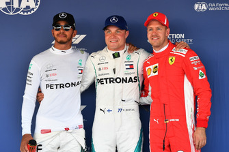 Top 3 after Qualifying, Lewis Hamilton, Mercedes AMG F1, Pole sitter Valtteri Bottas, Mercedes AMG F1, and Sebastian Vettel, Ferrari