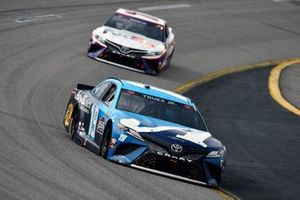 Martin Truex Jr., Joe Gibbs Racing, Toyota Camry Auto-Owners Insurance