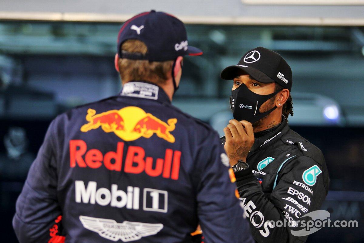 Il Polesitter Lewis Hamilton, Mercedes, terzo posto Max Verstappen, Red Bull Racing