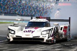 #48 Action Express Racing Cadillac DPi: Jimmie Johnson, Kamui Kobayashi, Simon Pagenaud, Mike Rockenfeller