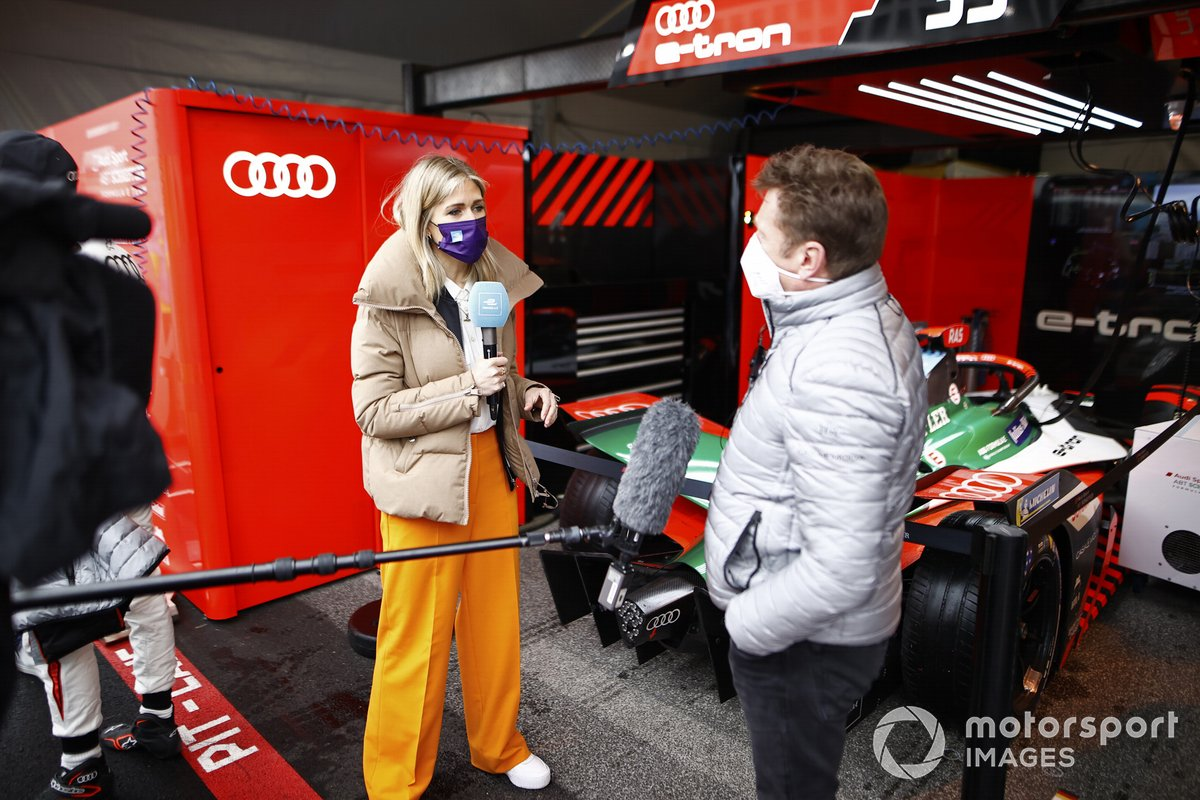 TV Presenter Nicki Shields, interviews Allan McNish, Team Principal, Audi Sport ABT Schaeffler