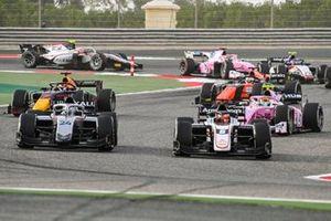 Marcus Armstrong, ART Grand Prix leads Nikita Mazepin, Hitech Grand Prix