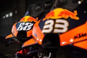 Motos de Miguel Oliveira, Red Bull KTM Factory Racing y Brad Binder, Red Bull KTM Factory Racing