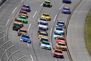 Joey Logano, Team Penske, Ford Mustang Autotrader et Brad Keselowski, Team Penske, Ford Mustang MoneyLion