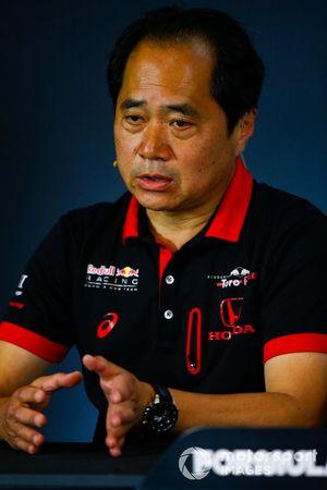 Toyoharu Tanabe, directeur technique F1 de Honda, lors de la conférence de presse