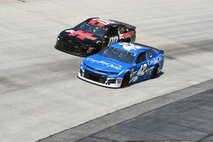 Kyle Larson, Chip Ganassi Racing, Chevrolet Camaro Credit One Bank, Landon Cassill, StarCom Racing, Chevrolet Camaro KODRA