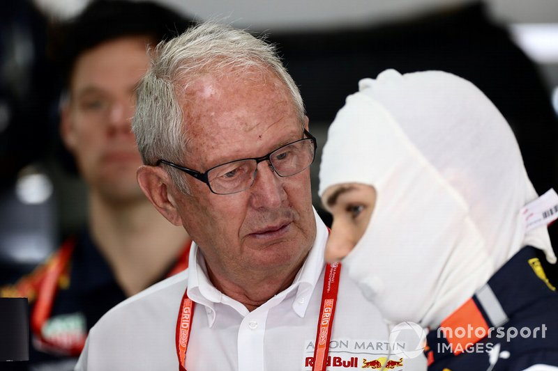 Helmut Marko, Red Bull Racing, con Pierre Gasly, Red Bull Racing