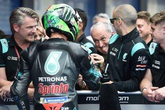 Обладатель второго места в квалификации Франко Морбиделли и Рамон Форкада, Petronas Yamaha SRT