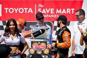 Martin Truex Jr., Joe Gibbs Racing, Toyota Camry Bass Pro Shops in victory lane