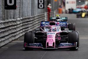 Sergio Perez, Racing Point RP19, leads Valtteri Bottas, Mercedes AMG W10
