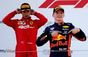 Yarış galibi Max Verstappen, Red Bull Racing ve Charles Leclerc, Ferrari