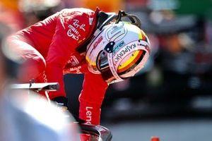 Sebastian Vettel, Ferrari, arrivant au parc fermé après la course