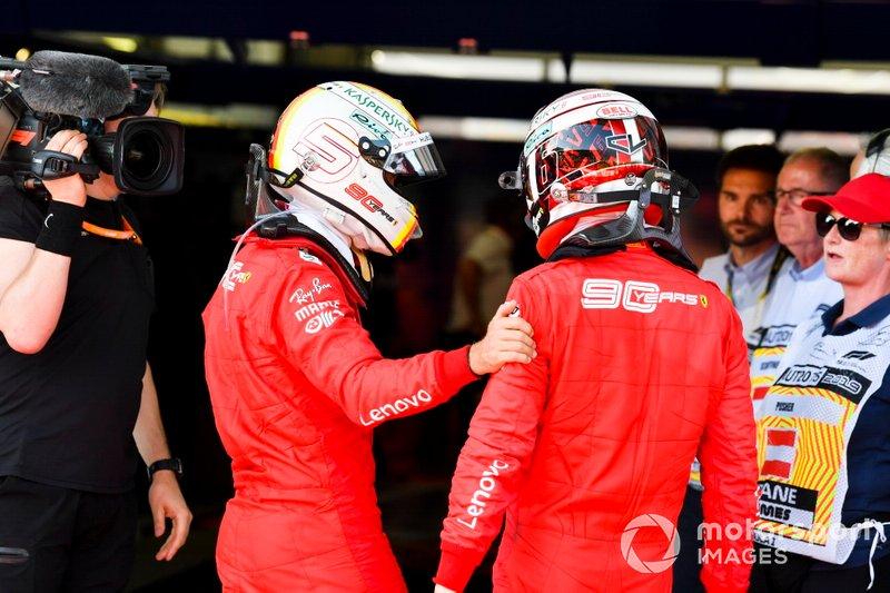 Sebastian Vettel, Ferrari, et Charles Leclerc, Ferrari, au parc fermé